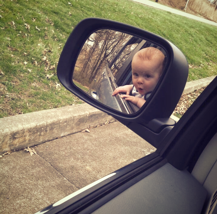 Baby discovers side view mirror @DinkerGiggles #funnyfaces #